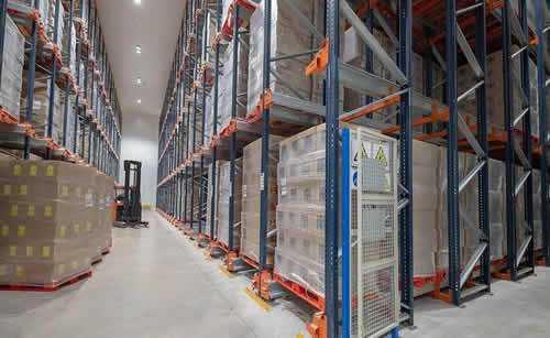 Racks metálicos para armazenagem